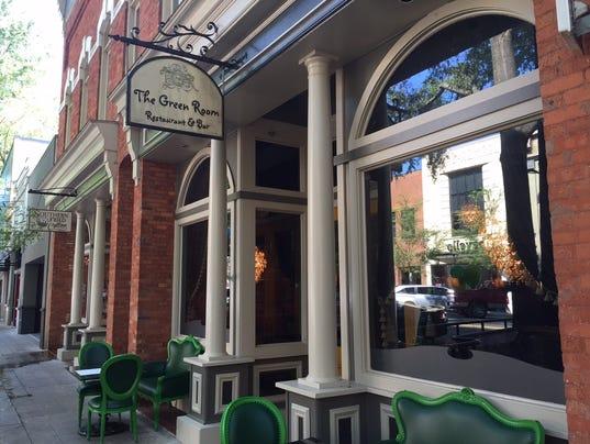 636089292933696672-Green-Room-reopens-outside.JPG