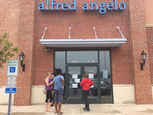 636356372798898469-alfred-angelo-customers.jpg
