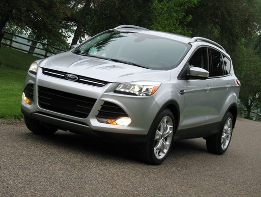 clever functionality 2015 ford escape suv. Black Bedroom Furniture Sets. Home Design Ideas