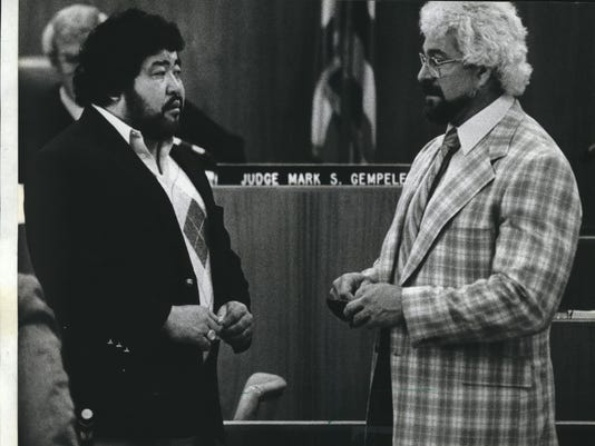 1984 Press Photo Wrestlers Masanori Saito and Kenneth W. Patera in Waukesha