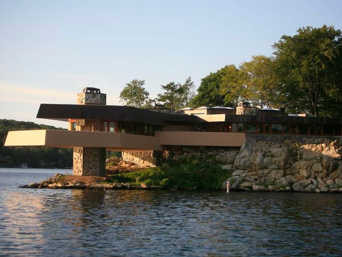 42 Photos Did Angelina Jolie Buy This House On Lake Mahopac