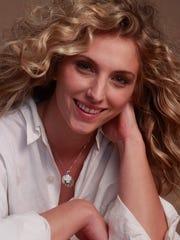 Angela Damiani_Headshot.jpg