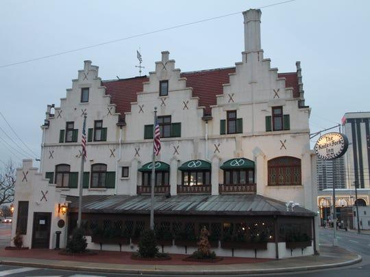 ~The Kinfe & Fork Inn.