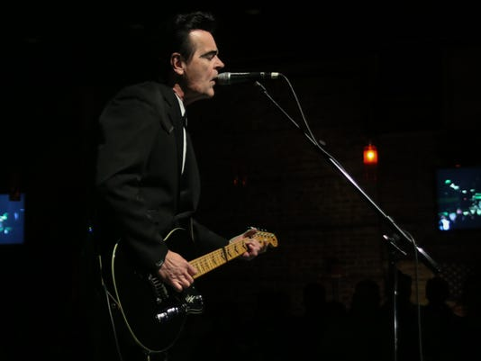 Unknown Hinson performs at Vinyl Music Hall Thursday night.