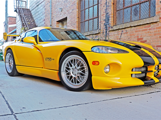 This 2001 Dodge Viper boasts 1,100 horsepower and is up for auction at Barrett-Jackson on Jan. 28, 2016.