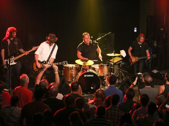 Cowboy Mouth performs at Vinyl Music Hall Saturday night.
