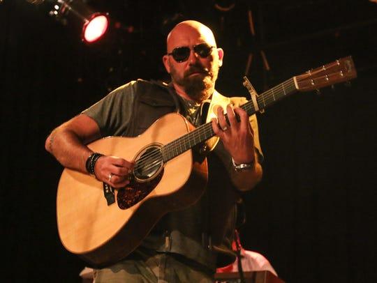 Country music favorite Corey Smith returns to Vinyl