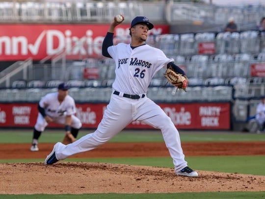 Blue Wahoos pitcher Luis Castillo (26) throws against