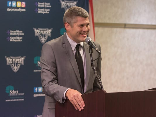636360100698864602-sm2017-0718-iceflyers-headcoach-jeffbes-introduced-0013.jpg