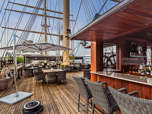1-TheDeck-Exterior-01-web.jpg