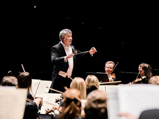 636410085710951313-Des-Moines-Symphony-conductor-Joseph-Giunta.jpg