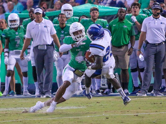 636412008743652204-sm2017-0916-university-west-florida-football-chowan-0025.jpg