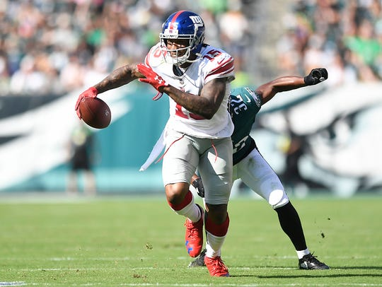 New York Giants wide receiver Brandon Marshall (15)