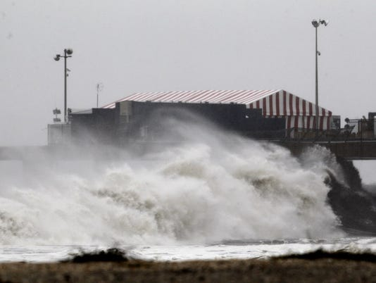 Sandy-Atlantic City waves