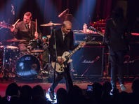 Everclear rocks at sold-out Pensacola show