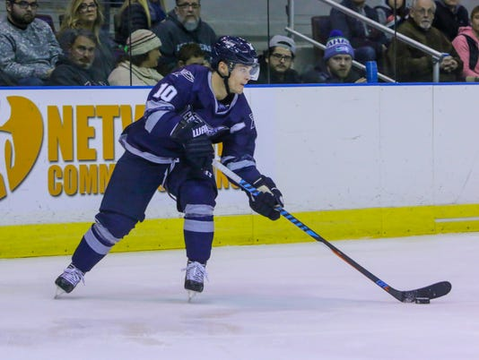 636499758271226661-sm2017-1226-iceflyers-riverkings-0006.jpg