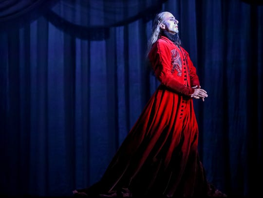 "The Milwaukee Ballet will revive Michael Pink's ""Dracula"""