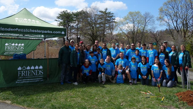Friends of Westchester County Park volunteers donated more than 4,800 hours of stewardship in our parks in 2015!