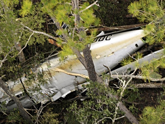 1-12-09, onlinePlane Crash aerial photos1 of 10Gary McCrackenA single-engine plane originally flown by Marcus Schrenker from Indiana was abandoned mid-flight and crashed in East Milton.
