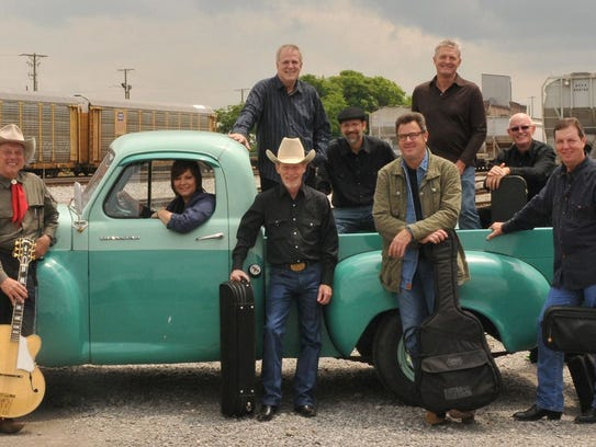 Vince Gill with the Time Jumpers band will headline