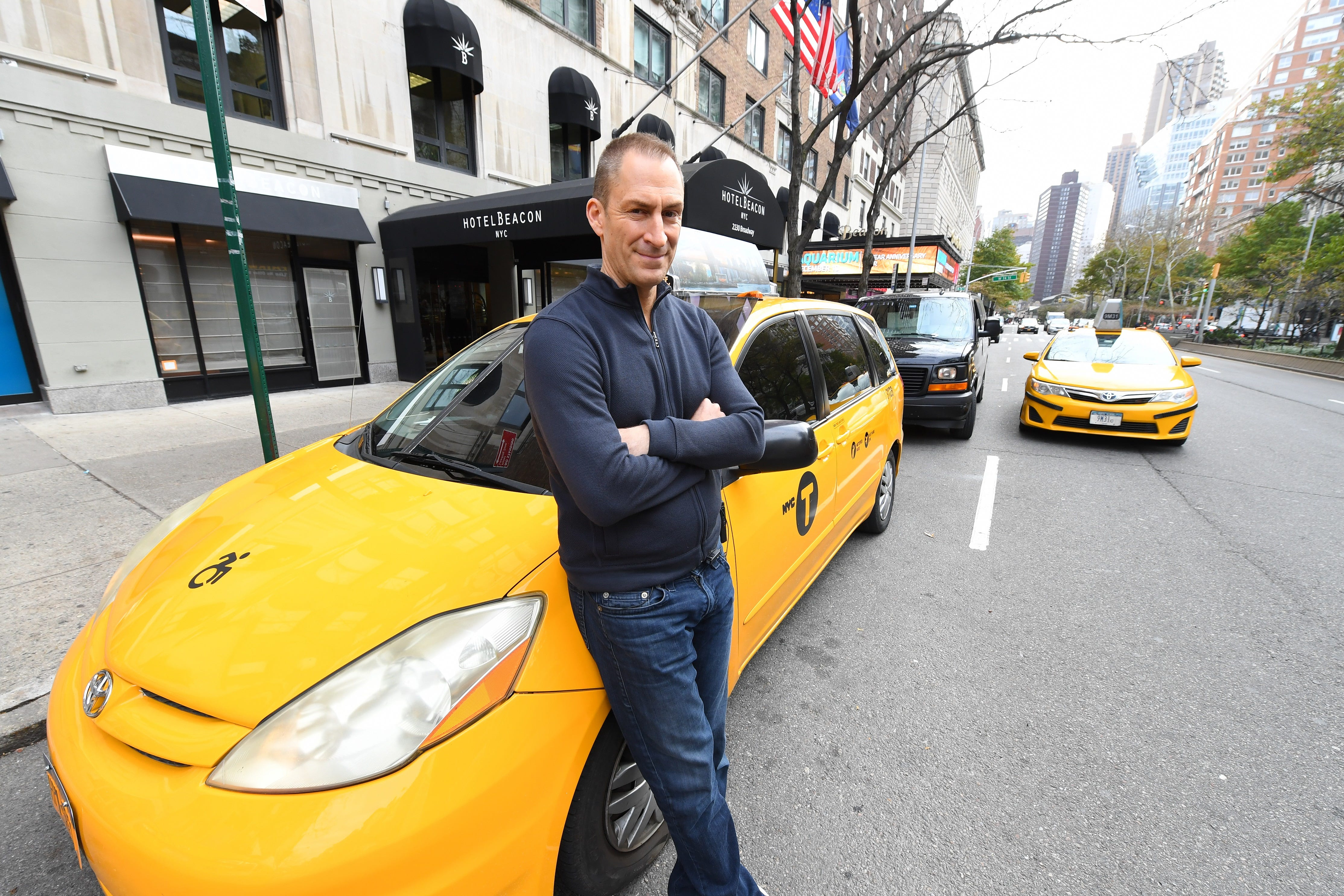 Play cash cab game online casino broadway