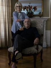 Robert De Niro and Michelle Pfeiffer play Bernard and