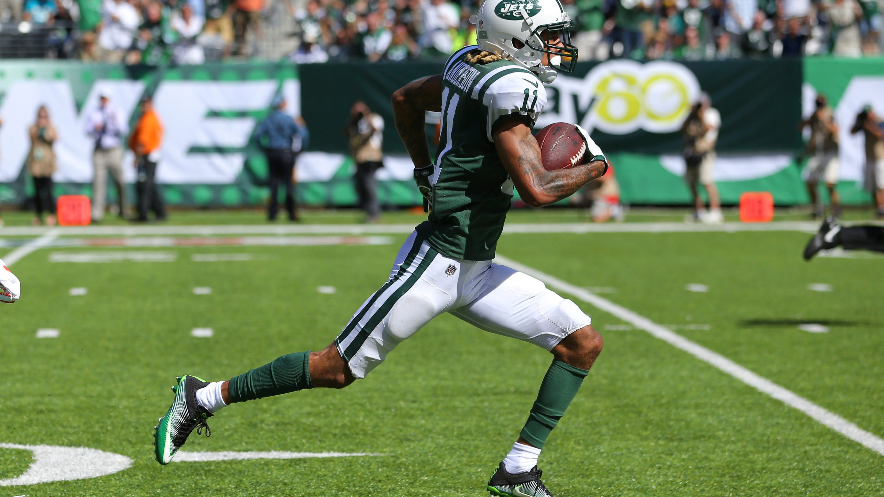 Ap_dolphins_jets_football_94220175