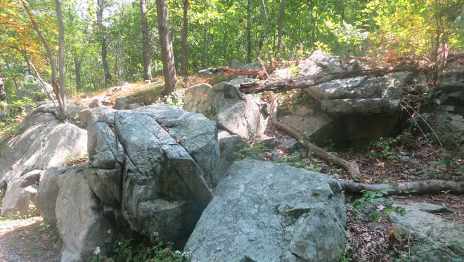 Rock formations along the DeCamp Trail as it descends from the Top of the Tourne in Boonton.
