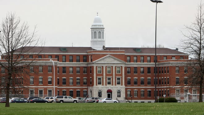 The Medical Center for Federal Prisoners in Springfield houses federal inmates, many from other states, who need medical care.