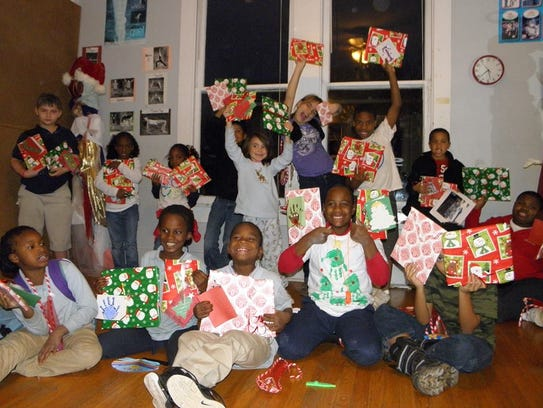Renzi Education and Art Center students with holiday