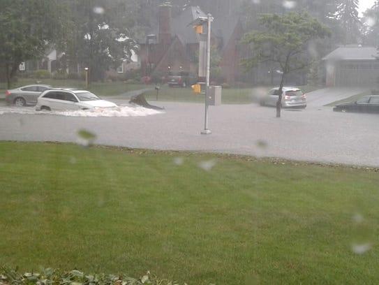 Dahlia Naisha shared this photo of flooding on Eastern