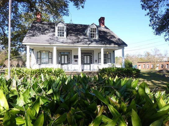 A recent photo of the Old Ray Homestead.