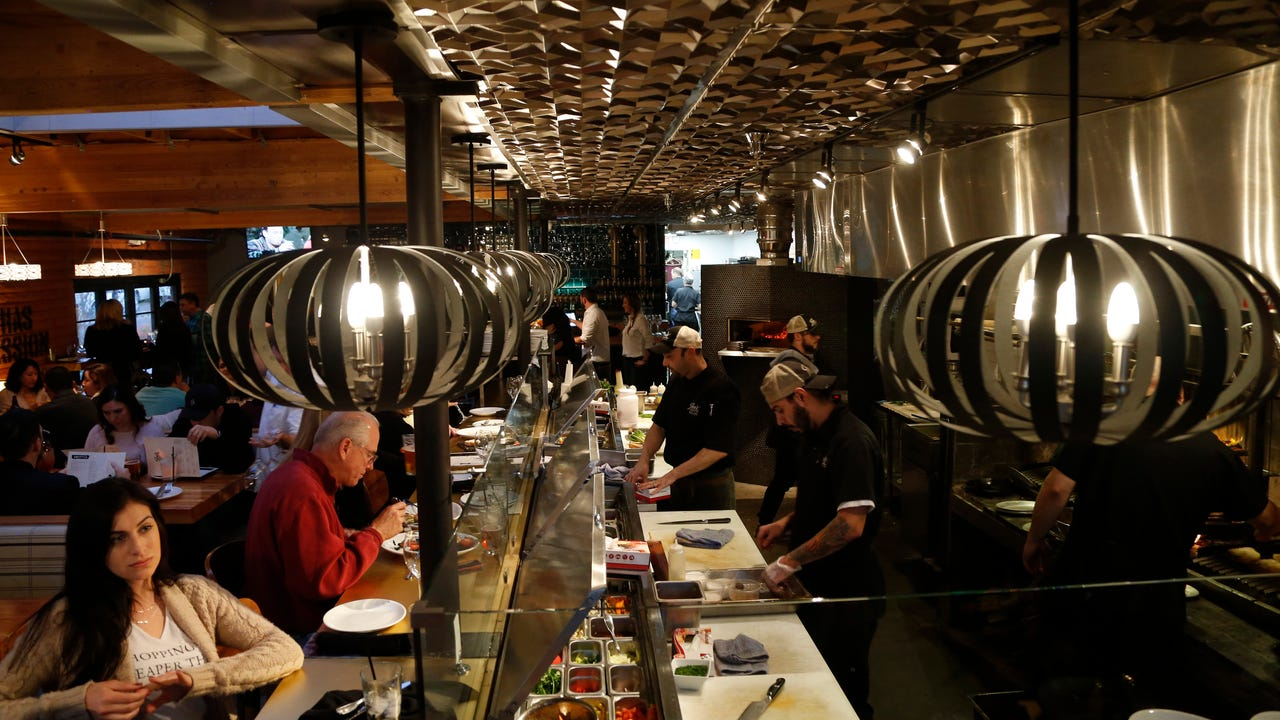 Take a tour of 7th Street restaurant row in Phoenix