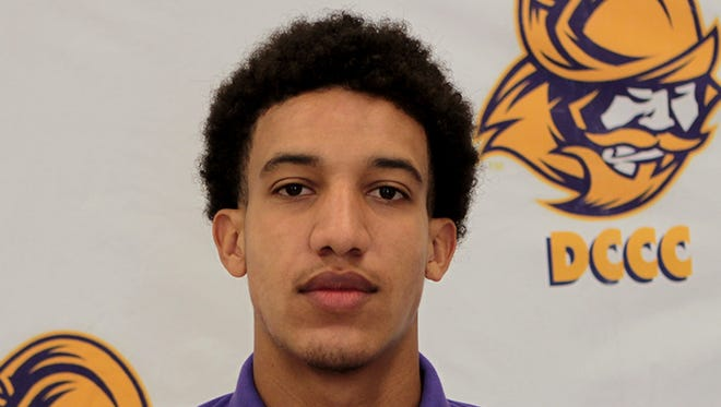 Dodge City Community College receiver Jeff George is a Tennessee commitment.