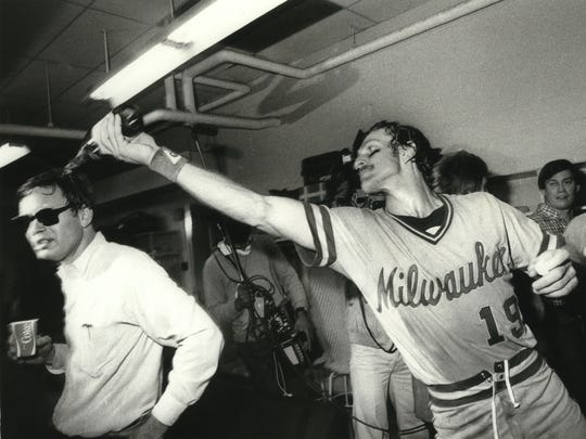 Robin Yount douses unsuspecting Brewers owner Bud Selig