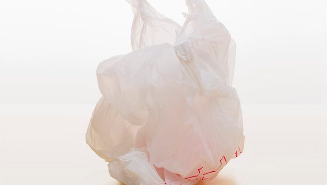 A group of Arizona lawmakers wants to ban cities from banning plastic grocery bags.