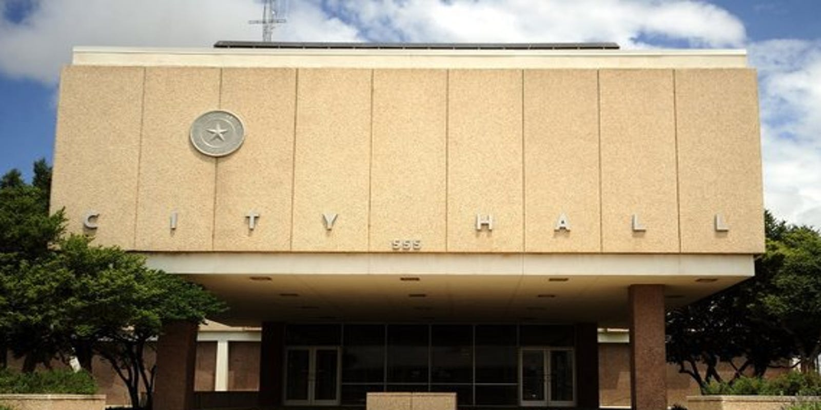 $28.32 million for radio, energy, water and sewer projects among Abilene Council concerns