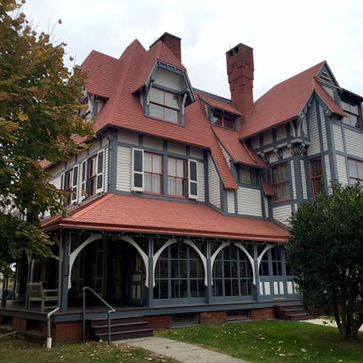 The Emlen Physick Estate in Cape May offers several