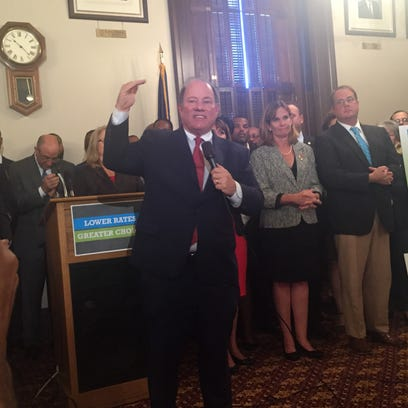 Detroit Mayor Mike Duggan appears at a press conference
