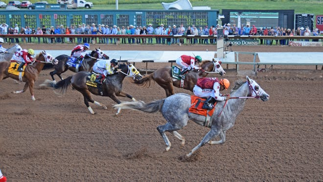Imperial Eagle defeating The Marfa Lights in the 2016 Grade 1, $3-million All American Futurity at Ruidoso Downs. They are each entered in the trials to the Grade 1, $800,000 Ruidoso Derby on Sunday afternoon at Ruidoso Downs.