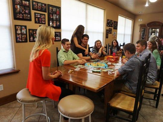 Megyn Kelly sitting down with Duggar family.