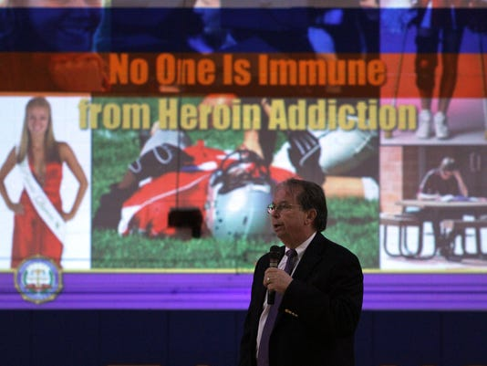 heroin1002b.jpg