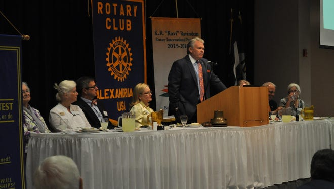 Louisiana College President Rick Brewer speaks to the Rotary Club of Alexandria on Tuesday.