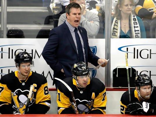 Jets_Penguins_Hockey_26962.jpg