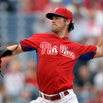 """Cole Hamels pitches in the second inning Friday. """"He had his rhythm. ... He mixed his pitches well,"""" manager Ryne Sandberg said."""