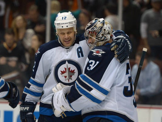 2014-1-21 Jets upset Ducks