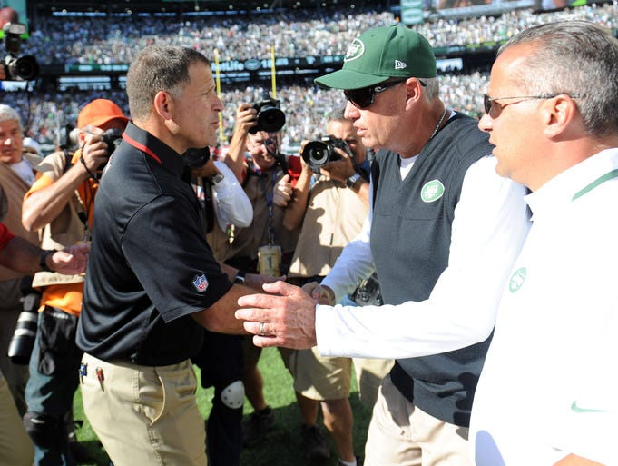 A little more than a month ago, Rex Ryan (green hat) was atop the list of NFL head coaches on the hot seat. How times have changed. Ryan's Jets are one of the NFL's biggest surprises, especially after Monday's 30-28 defeat of the Falcons in Atlanta. Ryan's team (3-2) is just a game behind the Patriots for first place in the AFC East. However Jets owner Woody Johnson won't say if Ryan is saving his job. But USA TODAY Sports' Tom Pelissero will. Ryan's contract expires after the 2014 season, and apparently there's been no talk of an extension. Here's a look Ryan and other hot-seat candidates, with a heat index on a scale of 1 (low) to 10.