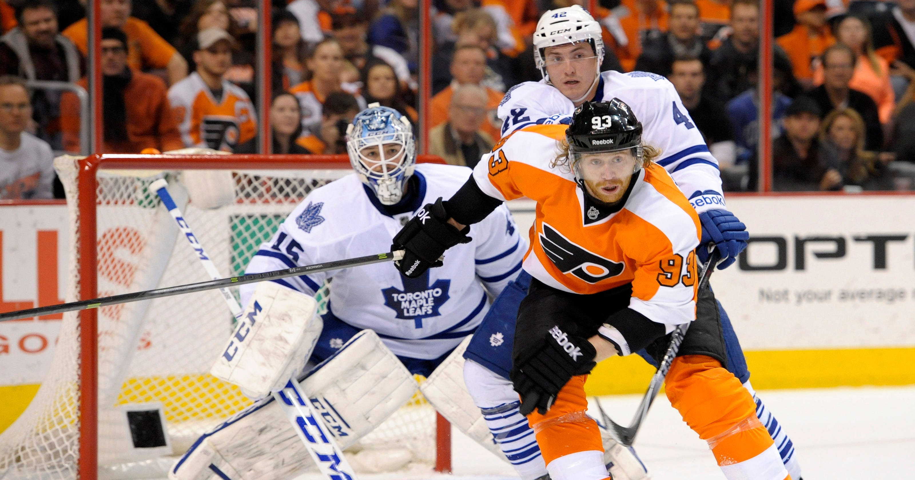 3f80ab302bc Flyers snap skid with win over Toronto