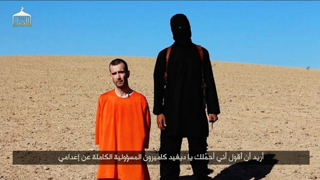 A video released by Islamic State militants  shows the killing of David Haines.