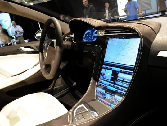 How Tesla Uses Advanced AI to Innovate Self-Driving Cars ... |Self Driving Tesla Interior